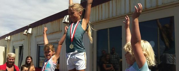 Atletiek winnaars op podium